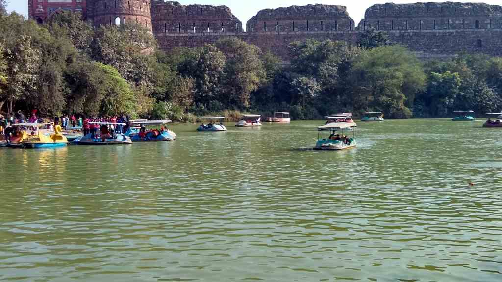 Purana Qila Boating