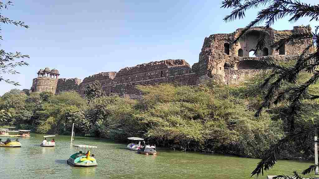 Purana Qila (Old Fort) – Timings, Ticket Price and Boating
