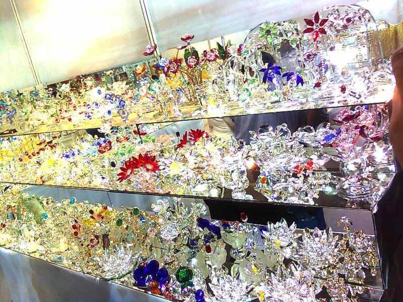 Decorative Glass Items at Trade Fair Delhi