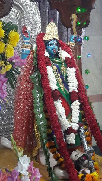 Kali Puja at CR Park Kali Mandir
