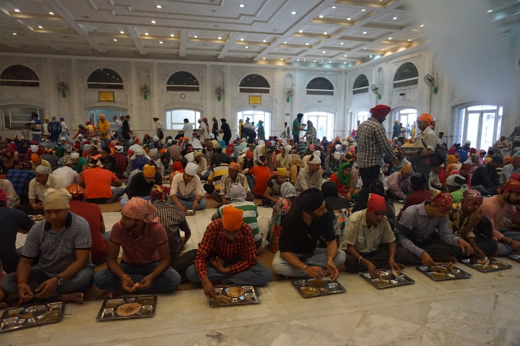 Langar at Bangla Sahib Gurudwara