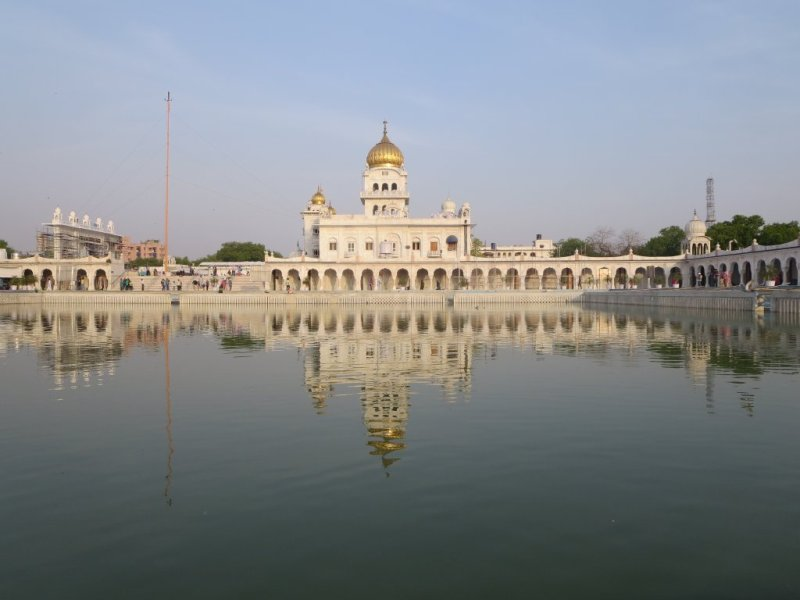 Gurudwara Bangla Sahib with Holy Pond