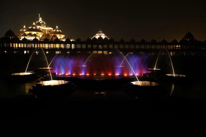 Swaminarayan Akshardham Temple Fountains