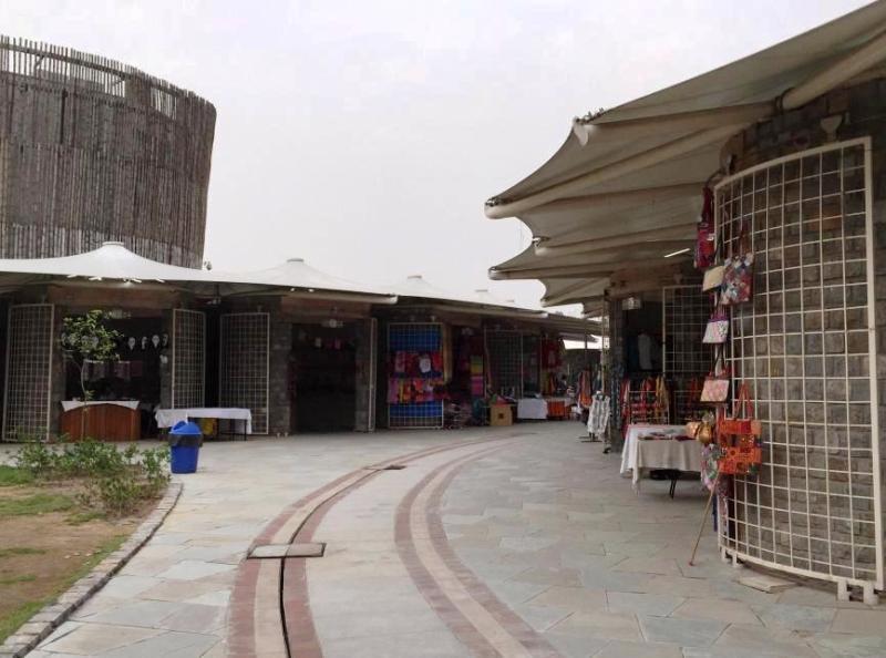 Dilli Haat Janak Puri shops