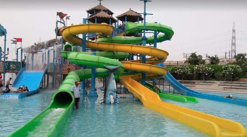 Water Slides in Oysters Water Park Gurgaon