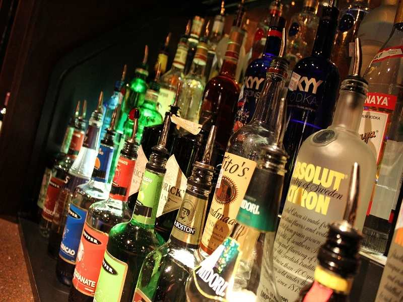 delhi liquor shop open list in lock down corona virus